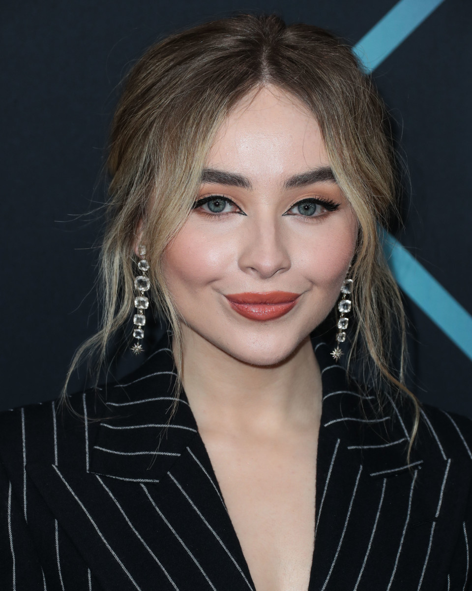 Sabrina Carpenter People's Choice Awards 2018