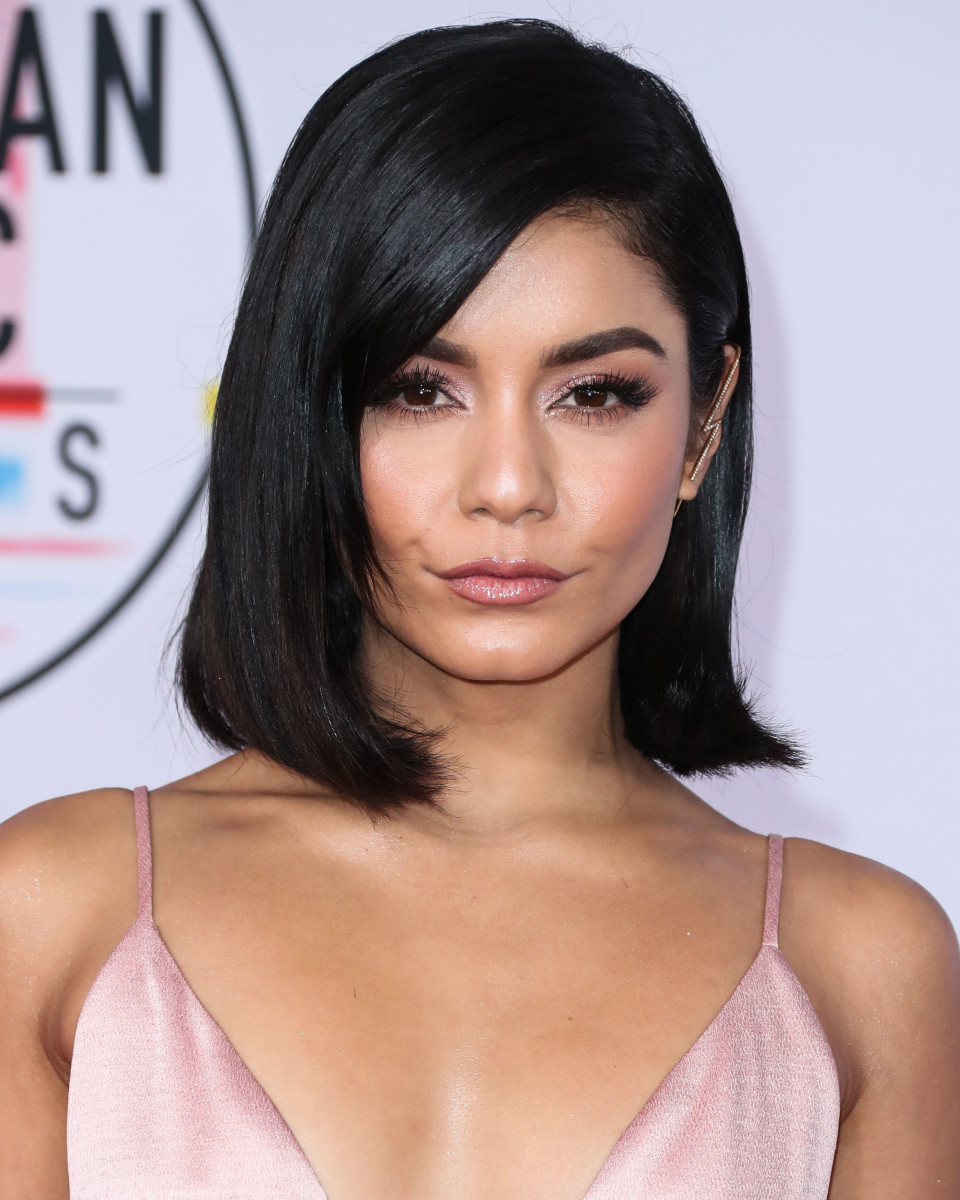 Vanessa Hudgens American Music Awards 2018