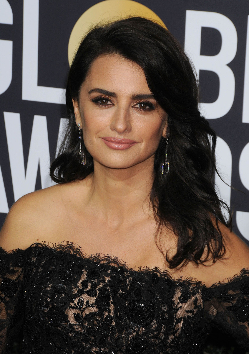 Penelope Cruz Golden Globes 2018