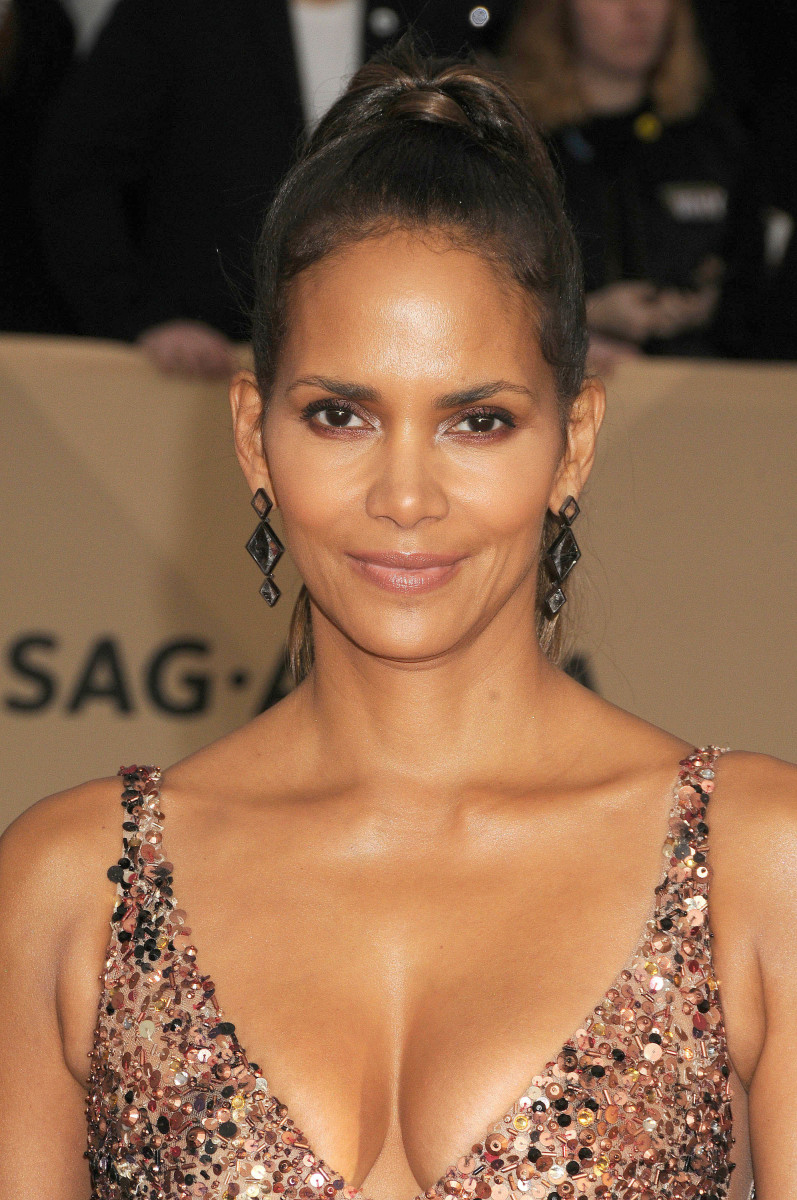 Halle Berry SAG Awards 2018