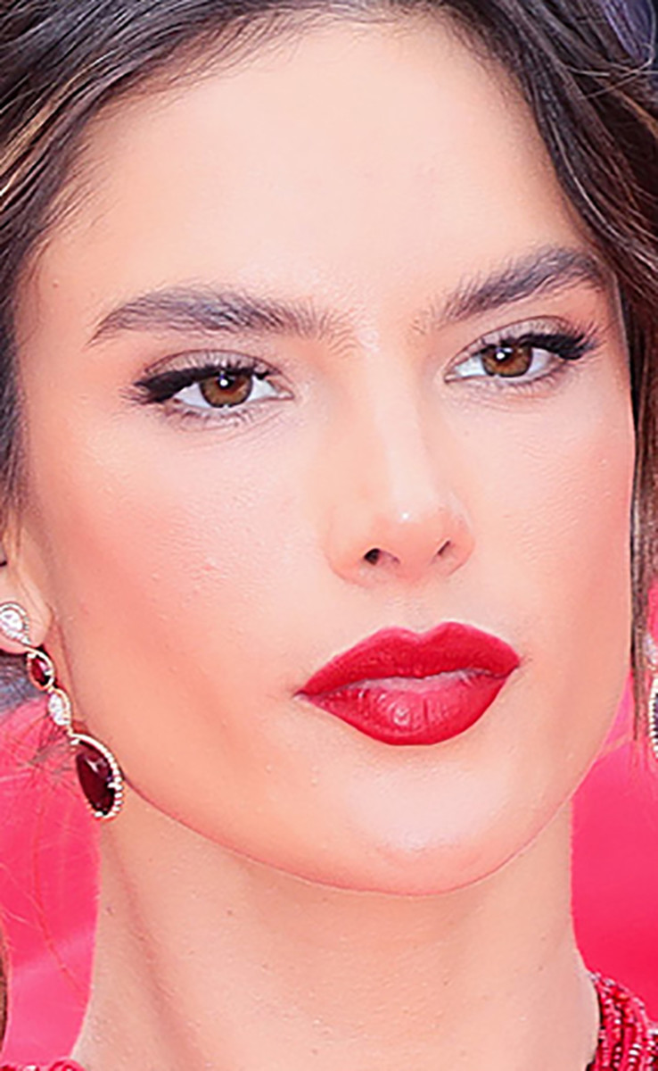 Alessandra Ambrosio Les Miserables Cannes premiere 2019