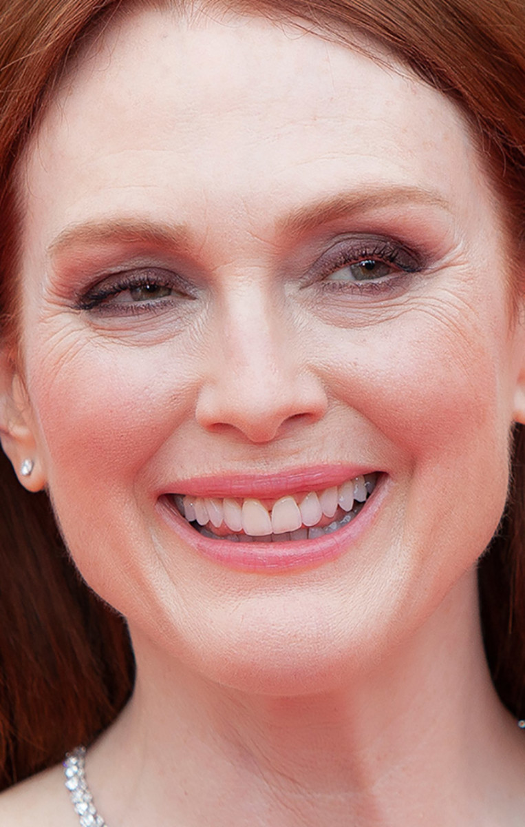 Julianne Moore Yomeddine Cannes premiere 2018