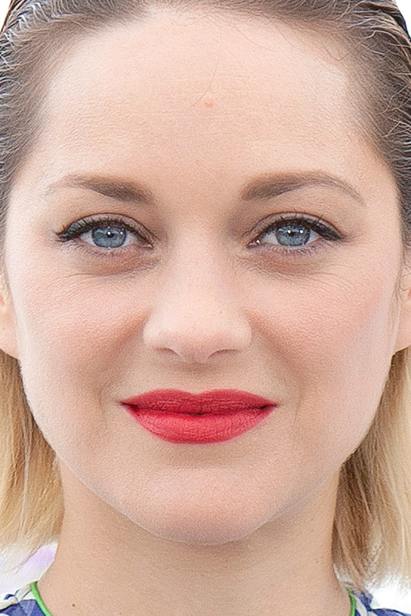 Marion Cotillard Angel Face Cannes photocall 2018