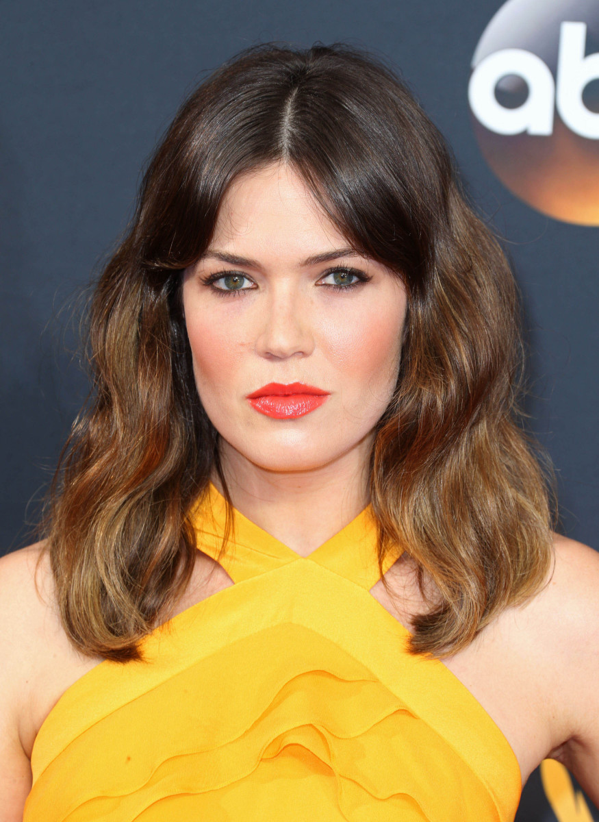 Mandy Moore Emmys 2016