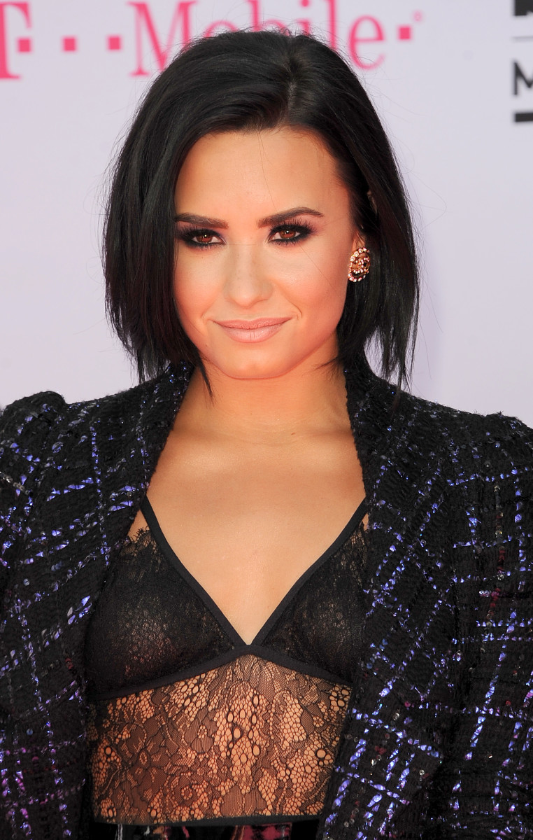 Demi Lovato Billboard Music Awards 2016