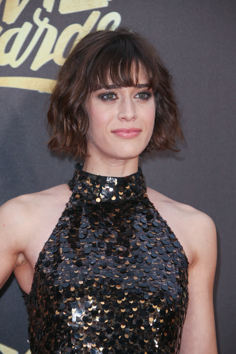 Lizzy Caplan MTV Movie Awards 2016