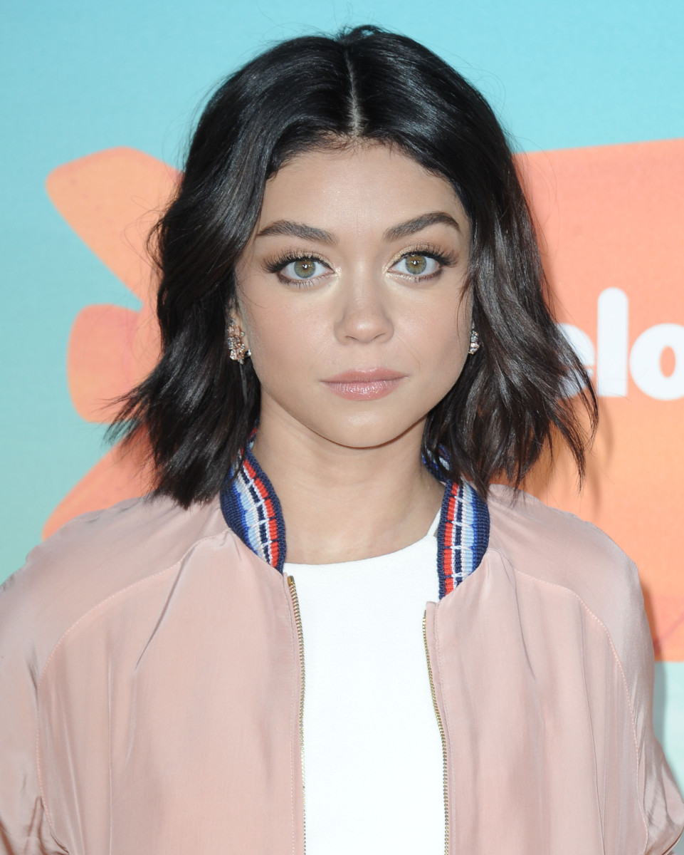 Sarah Hyland Kids' Choice Awards 2016