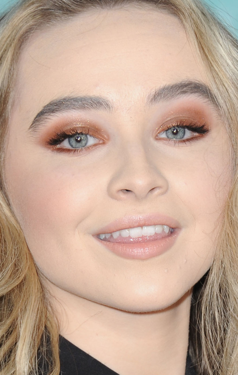 Sabrina Carpenter Kids' Choice Awards 2016
