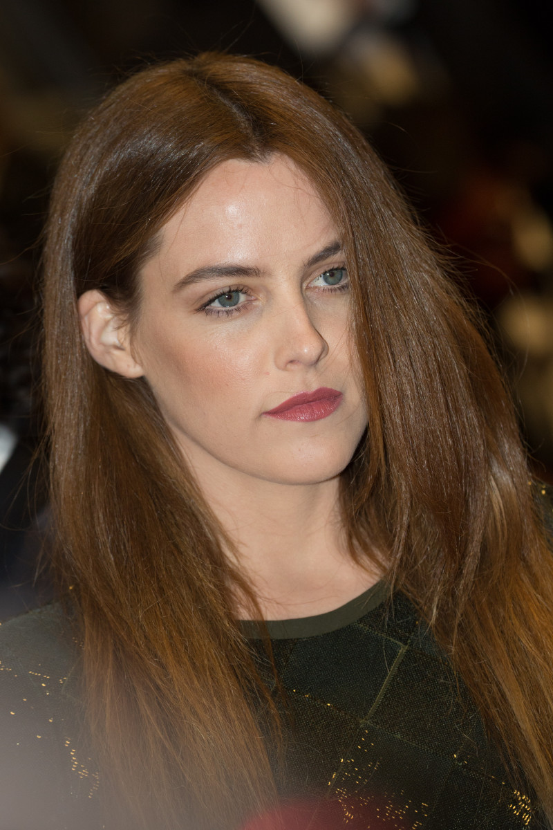 Riley Keough Personal Shopper Cannes premiere 2016