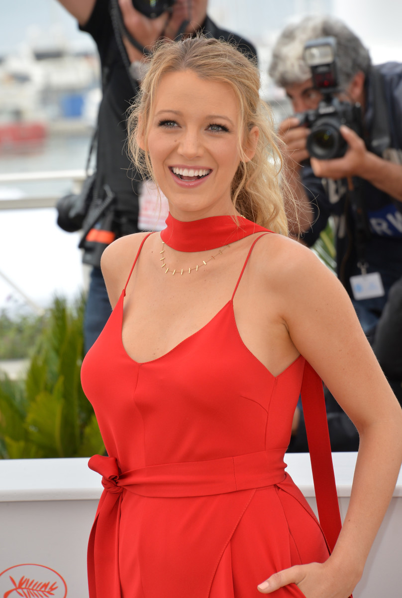 Blake Lively Cafe Society Cannes photocall 2016