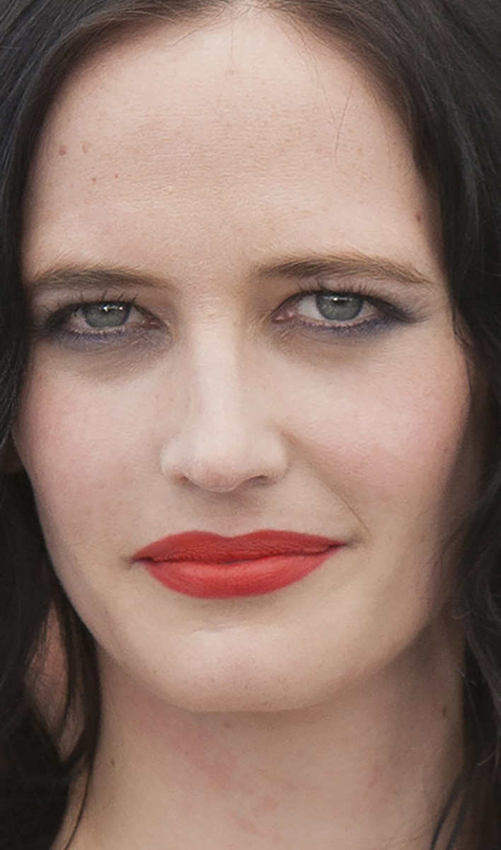 Eva Green Based on a True Story Cannes photocall 2017