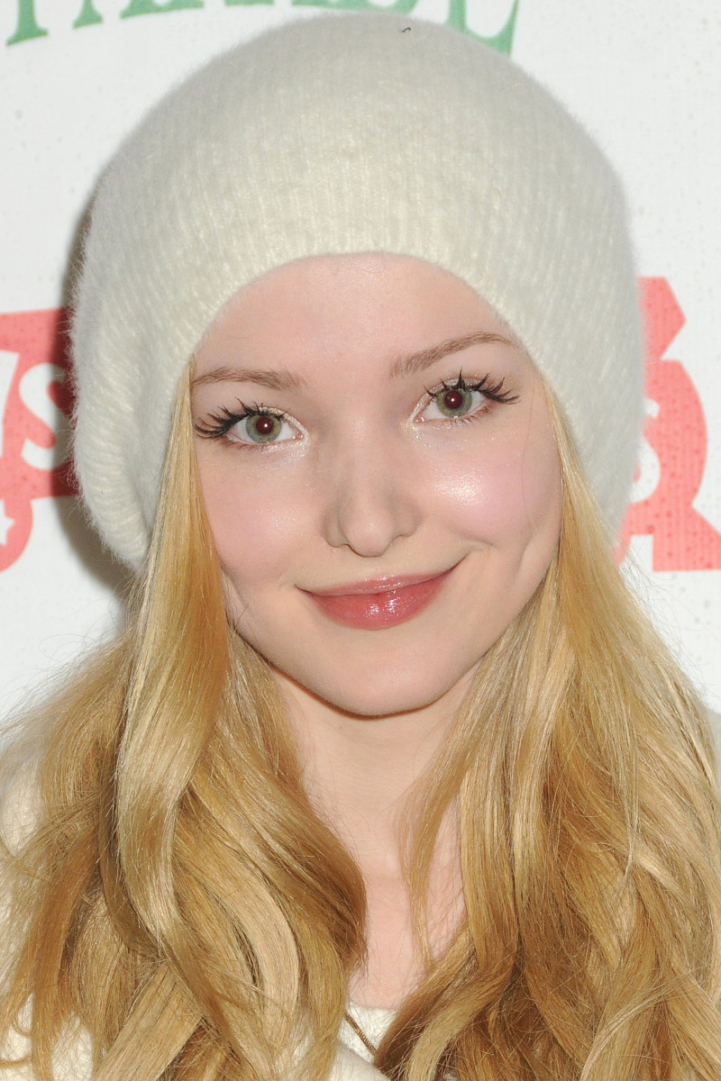 Dove Cameron Hollywood Christmas Parade 2014