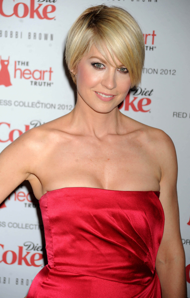 Jenna Elfman The Heart Truth Red Dress Collection Fashion Show 2012