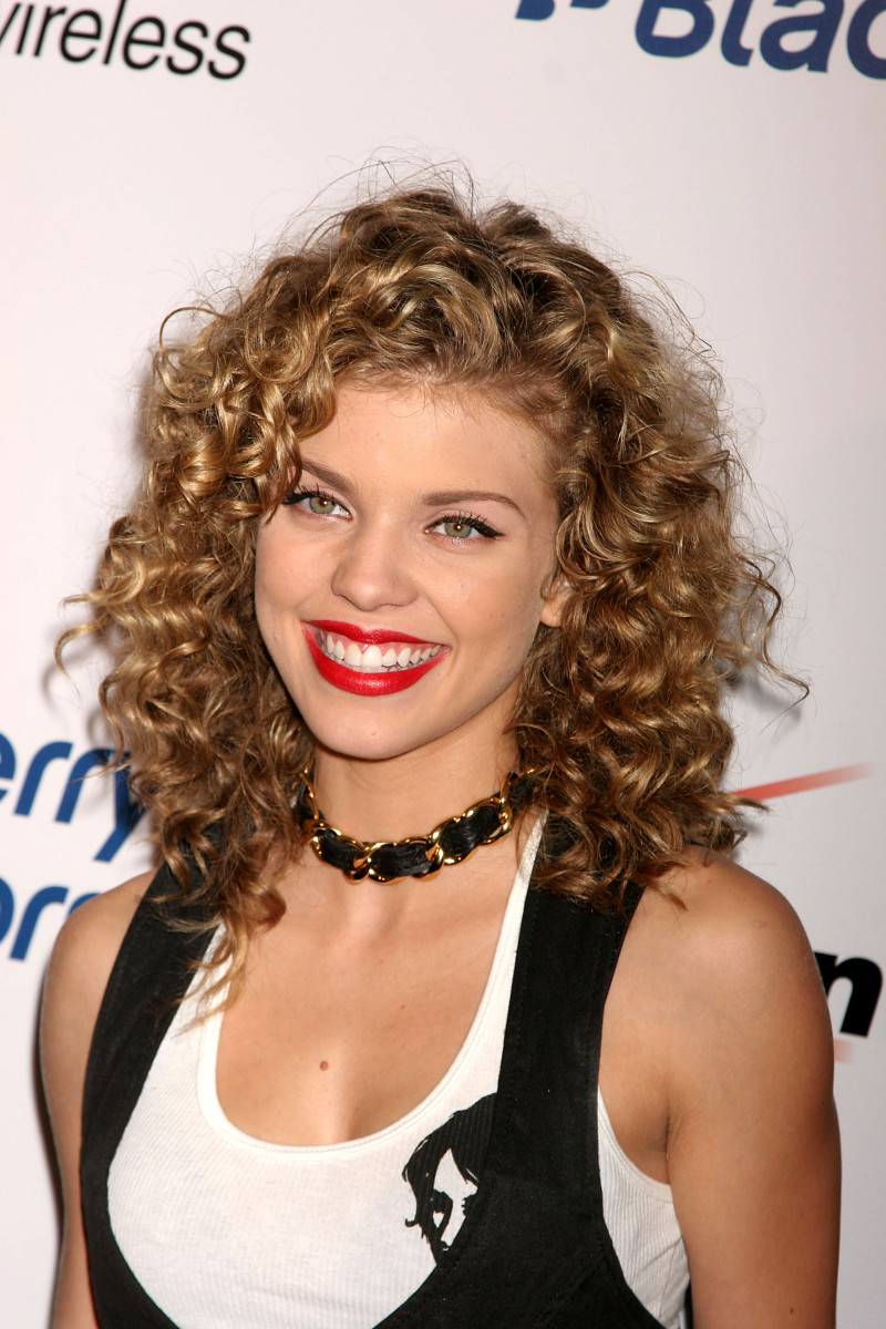 AnnaLynne McCord Blackberry Storm launch 2008