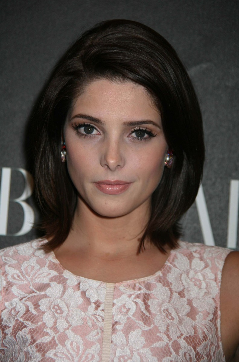 Ashley Greene The Beautiful Life premiere party 2010
