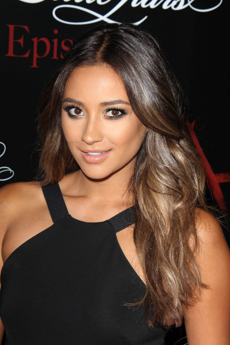 Shay Mitchell Pretty Little Liars 100th Episode Celebration 2014