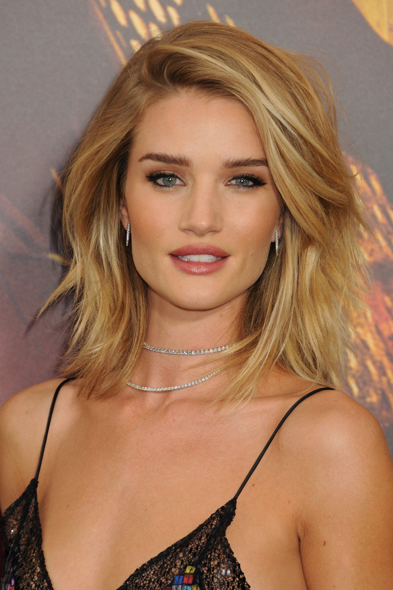Rosie Huntington-Whiteley Mad Max Fury Road Los Angeles premiere 2015