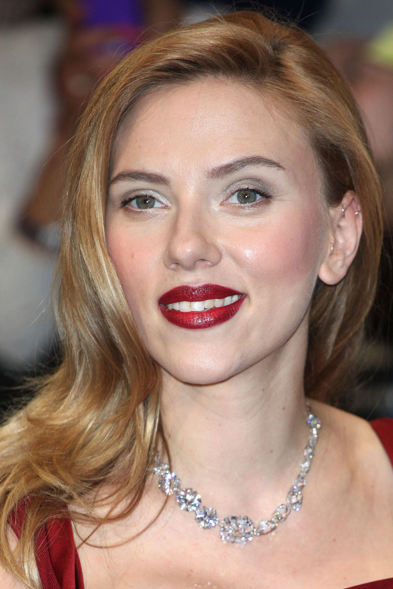 Scarlett Johansson Captain America The Winter Soldier London premiere 2014