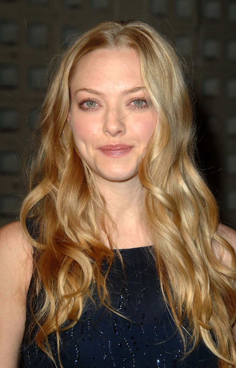 Amanda Seyfried Big Love Season 3 premiere 2009