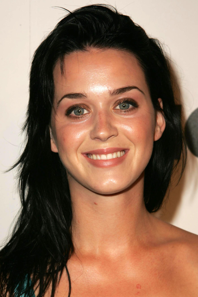 Katy Perry Lucky Magazine LA Shopping Guide Party 2006
