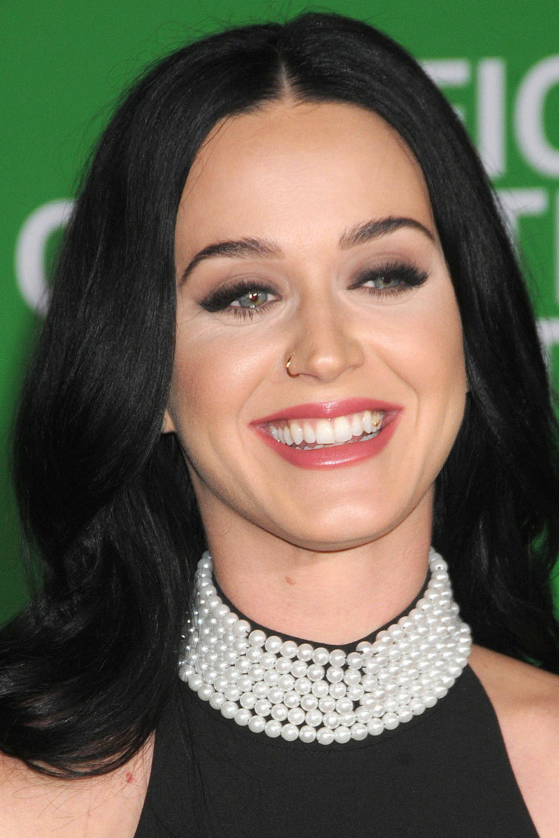 Katy Perry Office Christmas Party Los Angeles premiere 2016