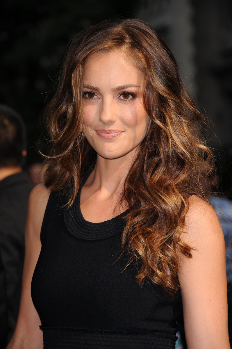 Minka Kelly Salvatore Ferragamo Fashion Show 2011