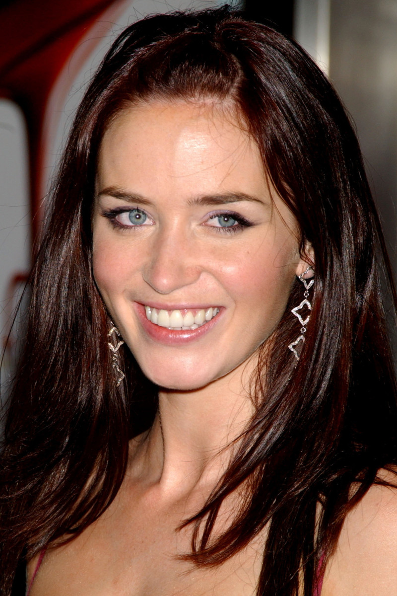 Emily Blunt The Devil Wears Prada New York City premiere 2006