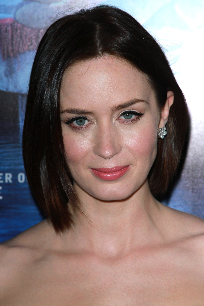 Emily Blunt Salmon Fishing in the Yemen Los Angeles premiere 2012