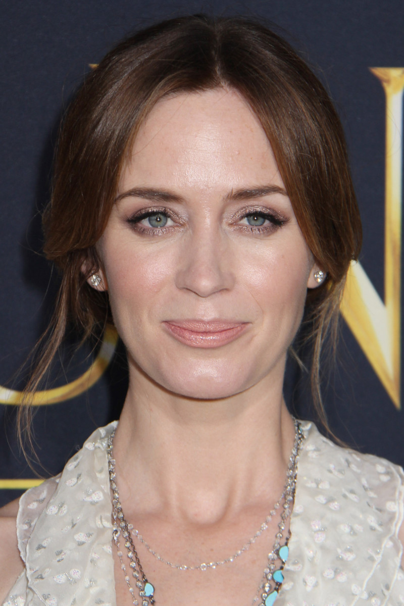 Emily Blunt The Huntsman Winter's War Los Angeles premiere 2016