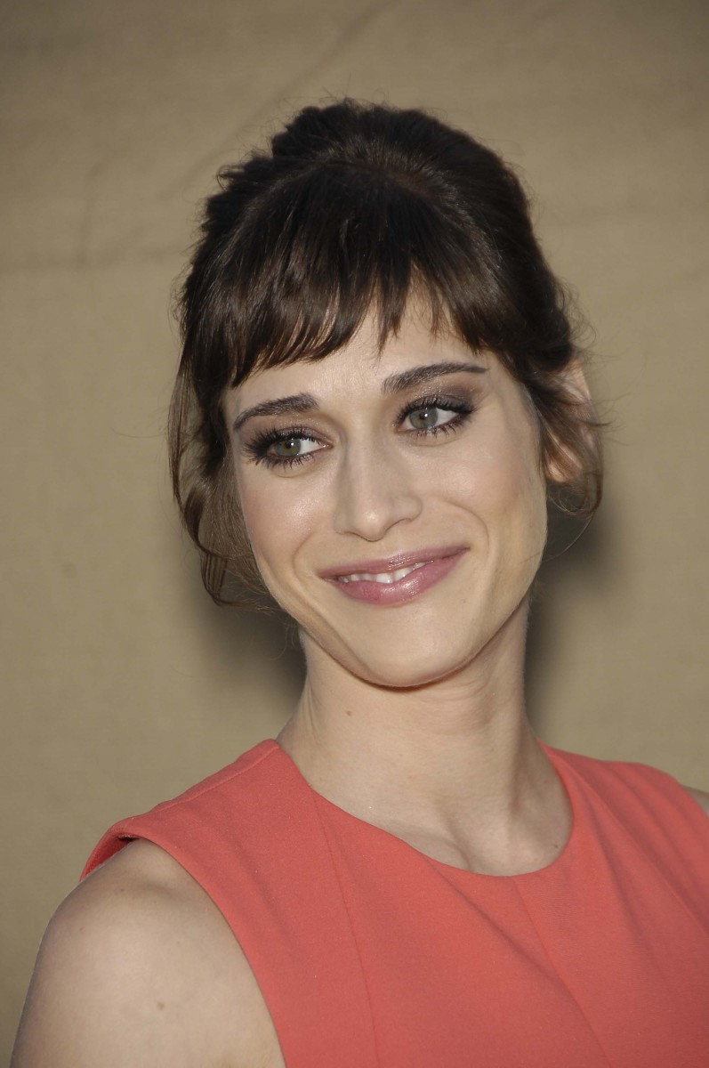 Lizzy Caplan CBS TCA Party 2013
