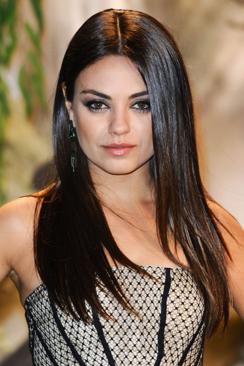 Mila Kunis Oz the Great and Powerful London premiere 2013