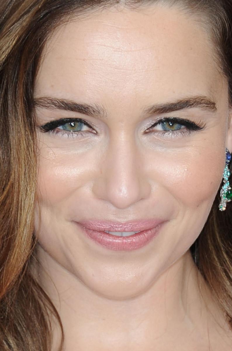 Emilia Clarke SAG Awards 2016 close-up