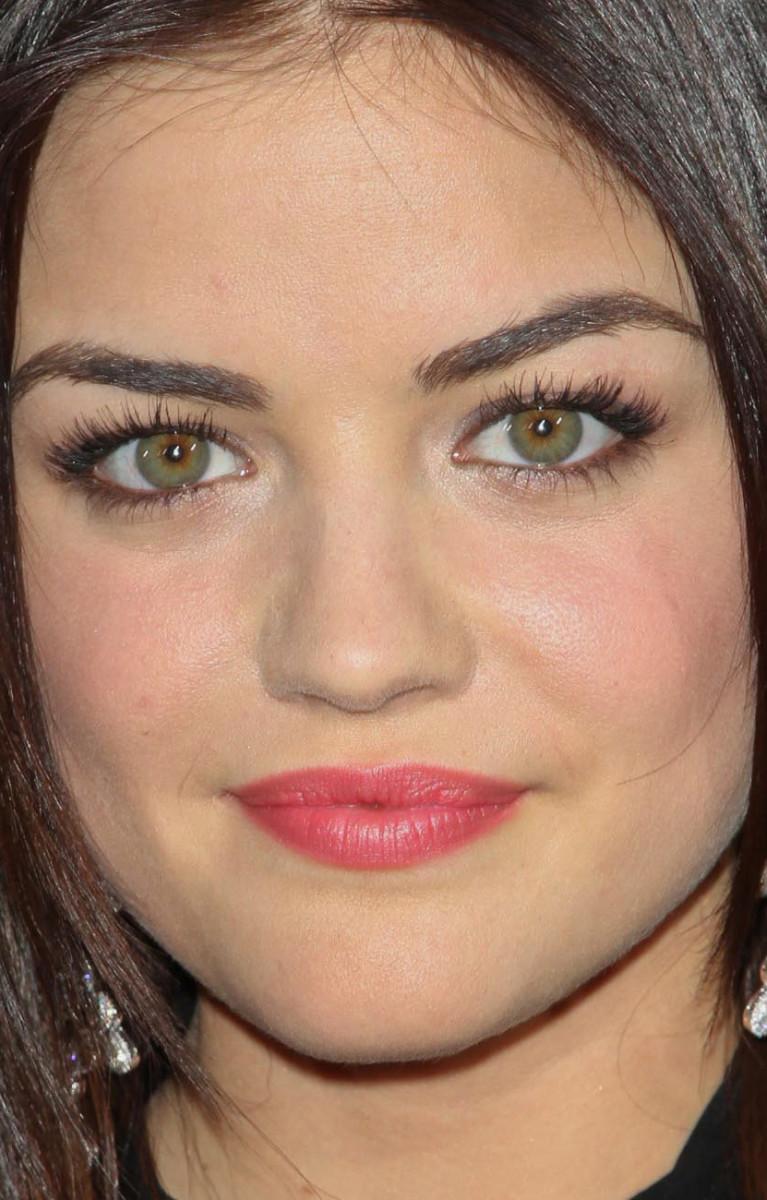 Lucy Hale Scream 4 world premiere 2011 close-up