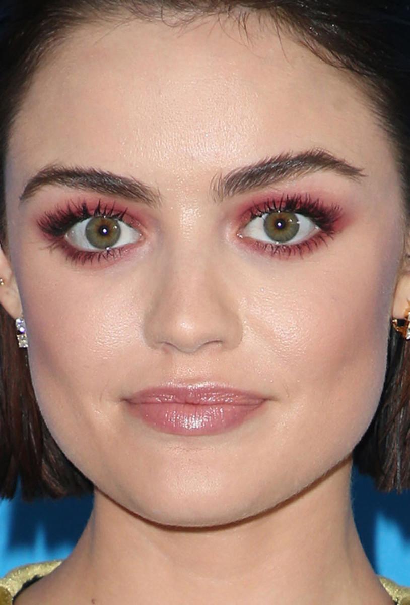 Lucy Hale Teen Choice Awards 2017 close-up