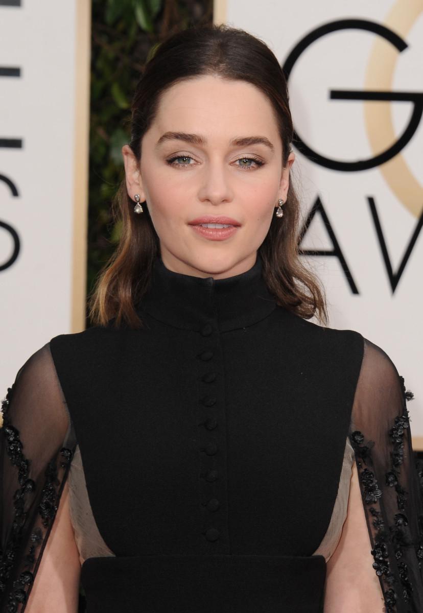 Emilia Clarke Golden Globes 2016