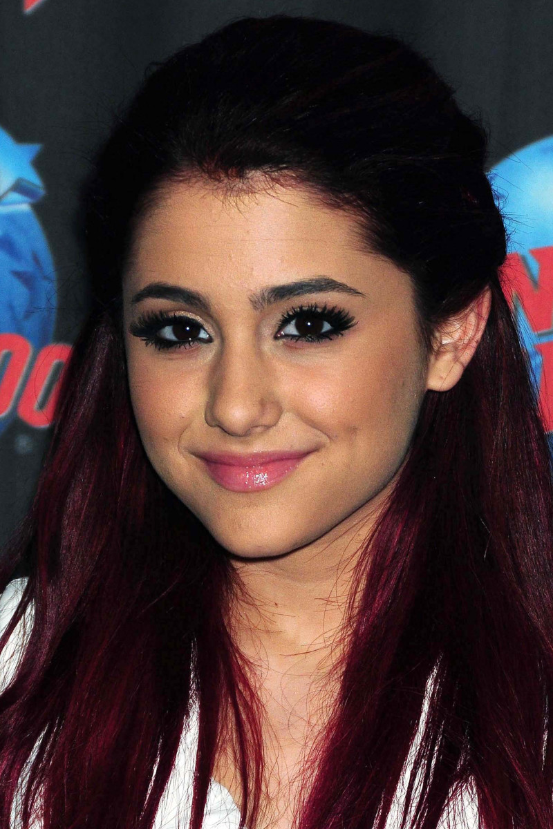 Ariana Grande Victorious promotional appearance 2010