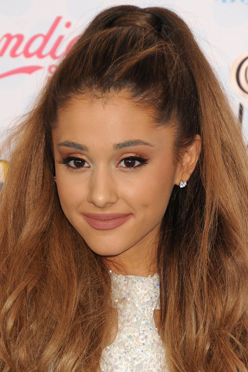 Ariana Grande Teen Choice Awards 2014